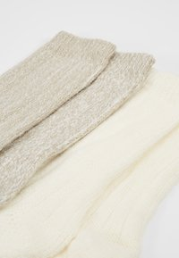 s.Oliver - UNISEX FASHION HYGGE 4 PACK - Sukat - offwhite - 2