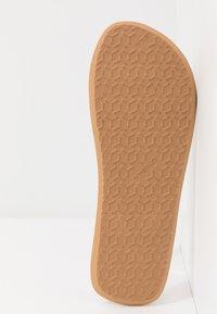 O'Neill - DITSY - T-bar sandals - powder white - 6