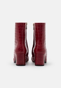 Högl - Classic ankle boots - cherry - 3