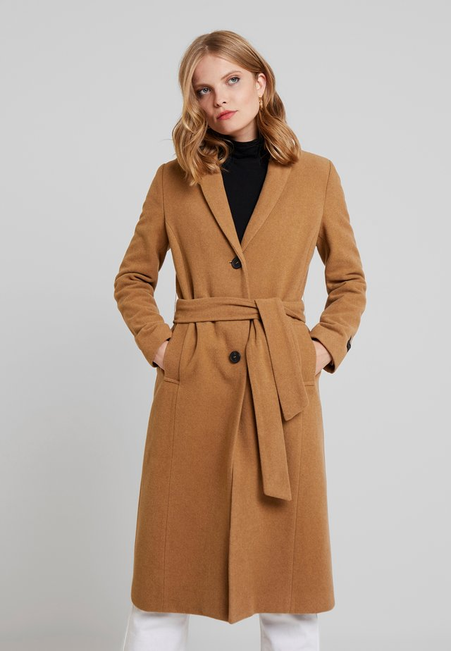 BELTED LONG COAT - Cappotto classico - beige/roasted