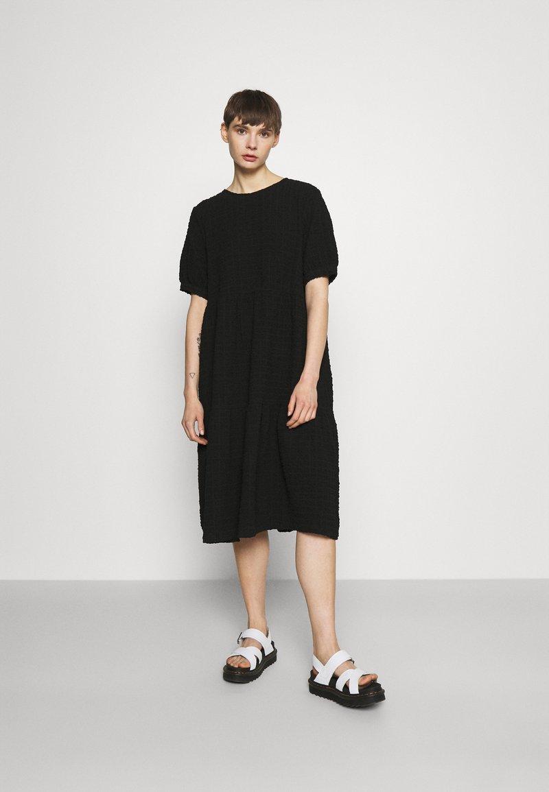 Monki - Day dress - black dark unique