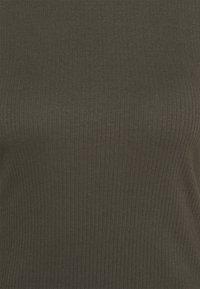 Vero Moda - ROLLKRAGEN - Top sdlouhým rukávem - peat - 2