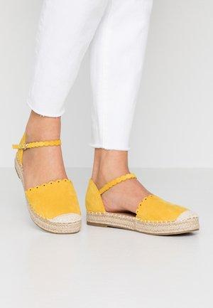 WANDER - Espadrilles - yellow