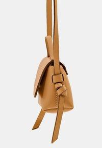 edc by Esprit - Across body bag - camel - 5