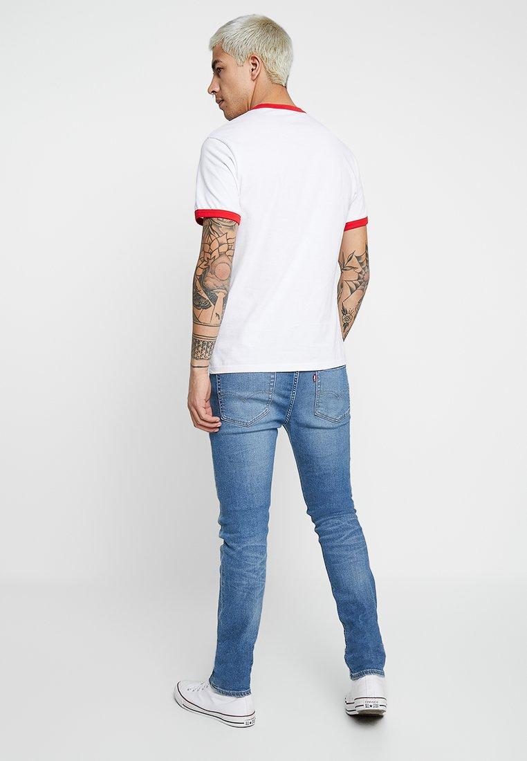 2020 Viileä Miesten vaatteet Sarja dfKJIUp97454sfGHYHD Levi's® 519™ SUPER  Slim fit -farkut cedar light mid overt