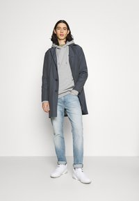 Anerkjendt - AKNIGEL ORGANIC HOODIE - Sweatshirt - light grey melange - 1