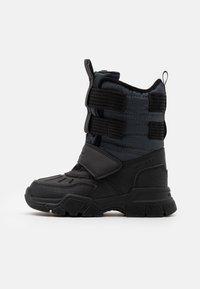 Geox - NEVEGAL BOY ABX - Zimní obuv - dark grey - 0