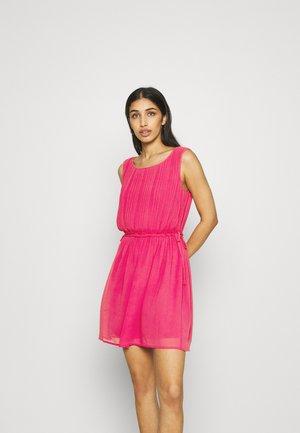 JDYXAVI SHORT DRESS - Cocktail dress / Party dress - beetroot purple