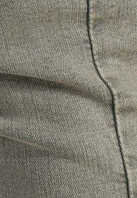 Bershka - Jeans Skinny Fit - light grey - 4