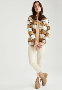 DeFacto - Button-down blouse - brown - 1