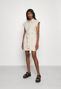 Monki - Shirt dress - beige dusty light - 0