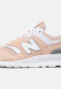 New Balance - CW997 - Zapatillas - pink/white - 7