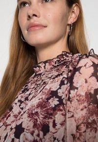 ONLY - ONLSKYE SMOCK DRESS - Day dress - rose browntonal - 4