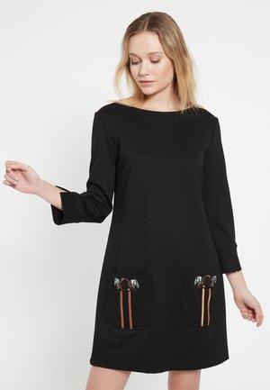 BAZNA - Shift dress - schwarz