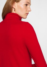 Benetton - TURTLE NECK - Pullover - red - 6