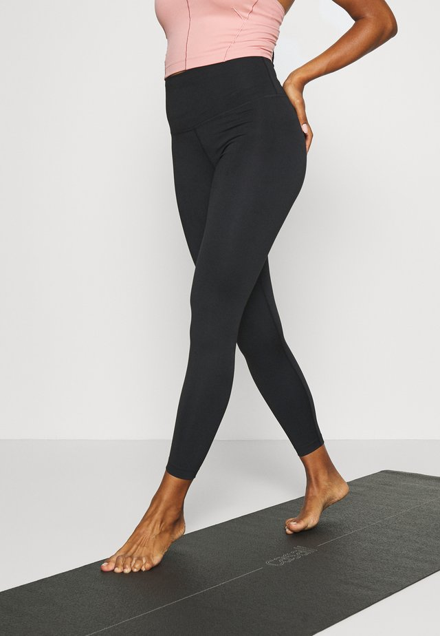 THE YOGA 7/8 - Leggings - black