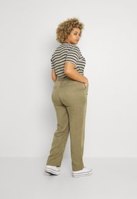 CAPSULE by Simply Be - WIDE LEG PANT - Trousers - khaki - 2
