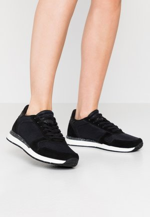 YDUN FIFTY - Sneakersy niskie - black