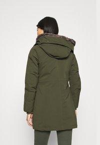 Canadian Classics - LANIGAN TECH - Zimní kabát - army - 2