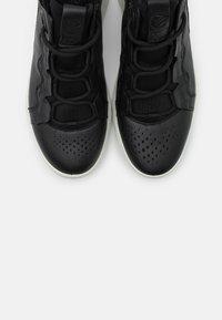 ECCO - ST.1 LITE - Sneakersy wysokie - black - 5