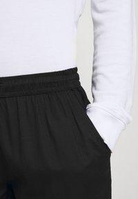 Night Addict - Shorts - black - 3