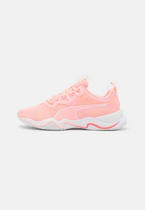 ZONE XT - Sports shoes - elektro peach/white