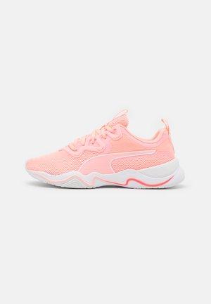 ZONE XT - Sportschoenen - elektro peach/white