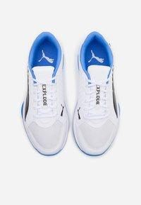 Puma - EXPLODE 2 - Håndboldsko - white/black/blue glimmer - 3