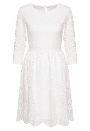 ONLEDITH  - Koktejlové šaty/ šaty na párty - cloud dancer