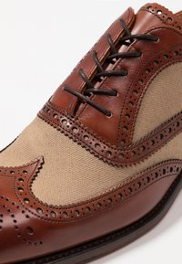 Cheaney - EDWIN  - Lace-ups - sand - 5