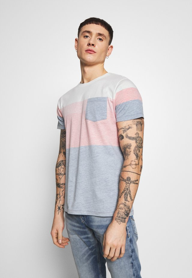 DEXTER TEE - T-shirt con stampa - poppy red