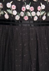 Needle & Thread - ROCOCO BODICE MAXI DRESS EXCLUSIVE - Společenské šaty - champagne/black - 8