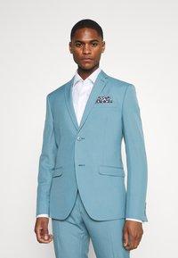 Isaac Dewhirst - PLAIN SUIT SET - Suit - turquoise - 2