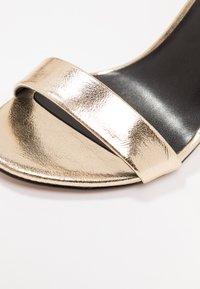ONLY SHOES - Sandalias de tacón - gold - 2