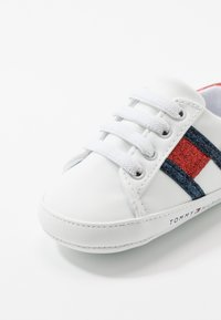 Tommy Hilfiger - First shoes - white/blue/red - 2