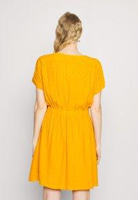 NAF NAF - LAFORTUNA - Day dress - moutarde - 2