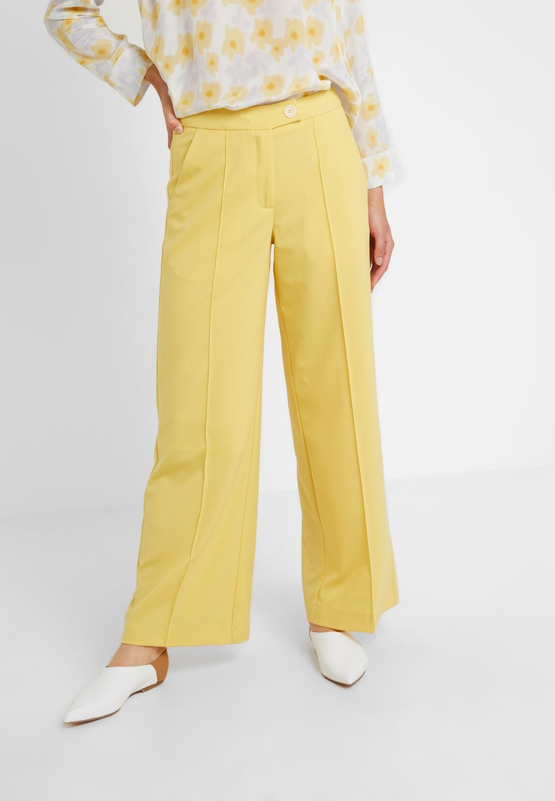 Lovechild - HARPER PANT - Trousers - banana