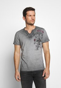 Key Largo - KNIGHT BUTTON - T-shirt con stampa - silver - 0