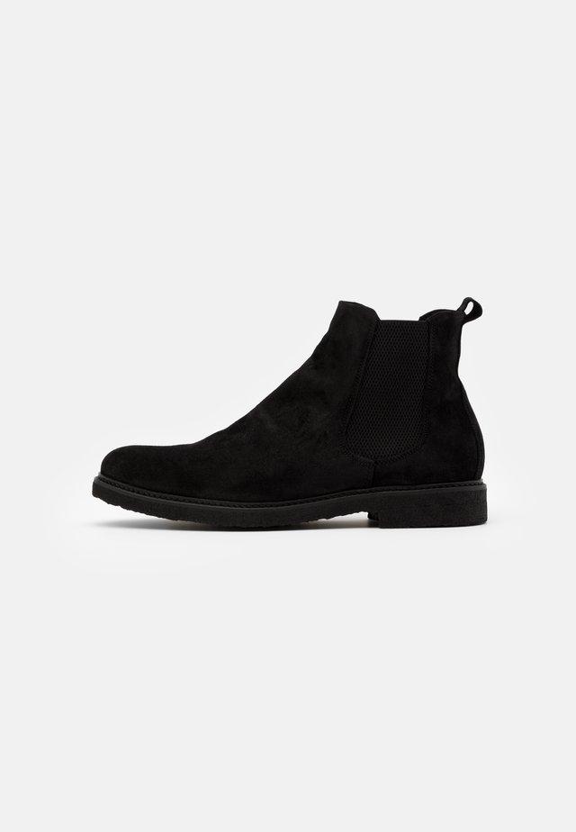 CAST CHELSEA - Korte laarzen - black