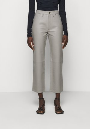 THE RELAXED STAIGHT - Pantaloni di pelle - silver grey