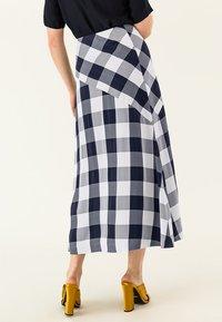 IVY & OAK - Maxi skirt - navy blue - 2