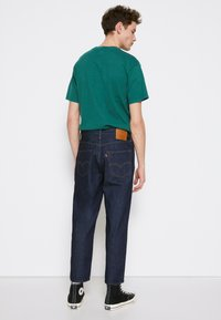 Levi's® - STAY LOOSE TAPER CROP - Jeans baggy - row rinse - 3