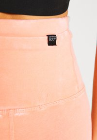 Cotton On Body - 7/8 LEGGINGS - Legginsy - peaches cream wash - 4