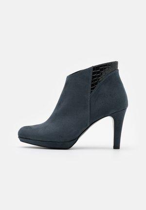 Klassiska stövletter - blue grey