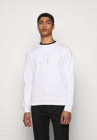KARL LAGERFELD - CREWNECK - Sweatshirt - white - 0