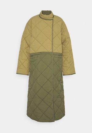 BABY MAMA JACKET - Classic coat - forrest green/khaki