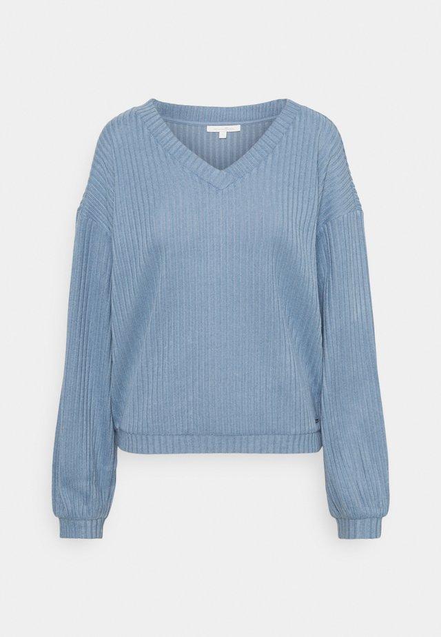 Sweter - soft mid blue
