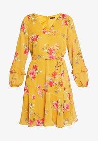 Wallis - FLORAL RUFFLE SLEEVE  - Day dress - mustard - 5