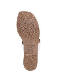 Tamaris - T-bar sandals - white - 4