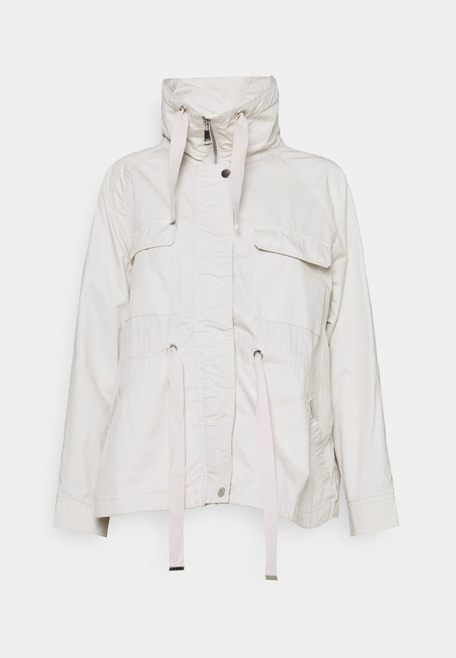 HUISKONNIEMI - Outdoor jacket - natural white